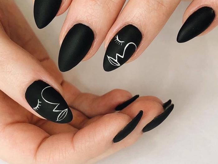 ongle noir mat dessin minimaliste lignes vernis blanc sur couleur de base foncée noire finition mate