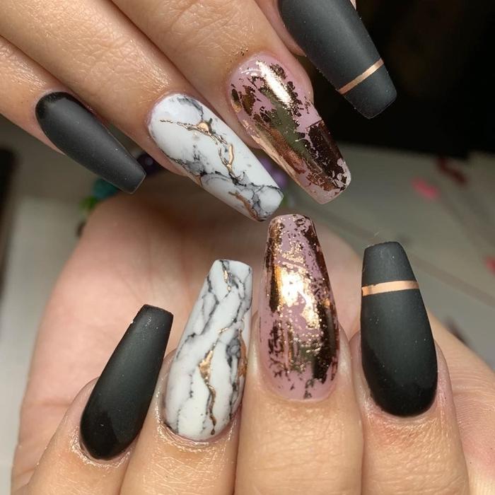 ongles longs finition mate décoration stikers autocollants rose gold french manucure 2020 maison nail art marbre