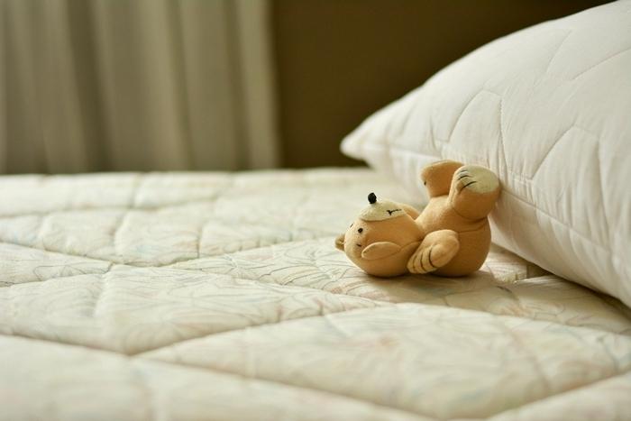 quand changer de matelas indice bien être santé lit douillet oreiller chambre à coucher qualité sommeil