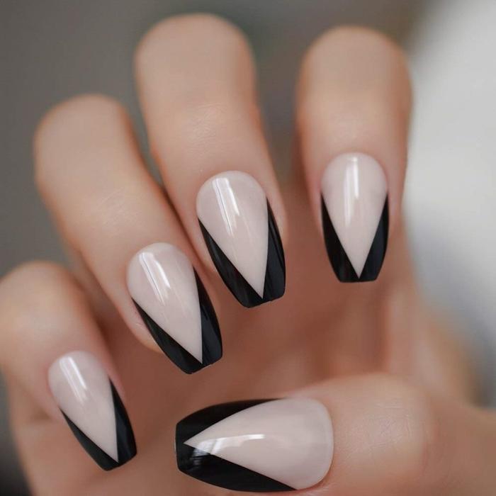 tendance couleurs hiver mode nuance sombre french manucure couleur nude et noir nail art facile