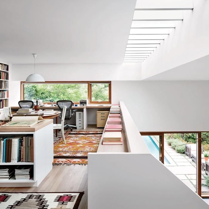 aménagement bureau domicile meubles bois chaise bureau bibliothèque murale mezzanine maison moderne