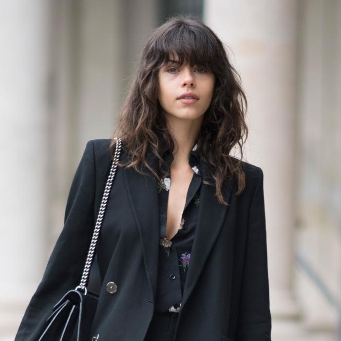 blazer oversize noir femme vêtements style chemise motifs floraux décoiffé coupe courte femme 2021 tendance