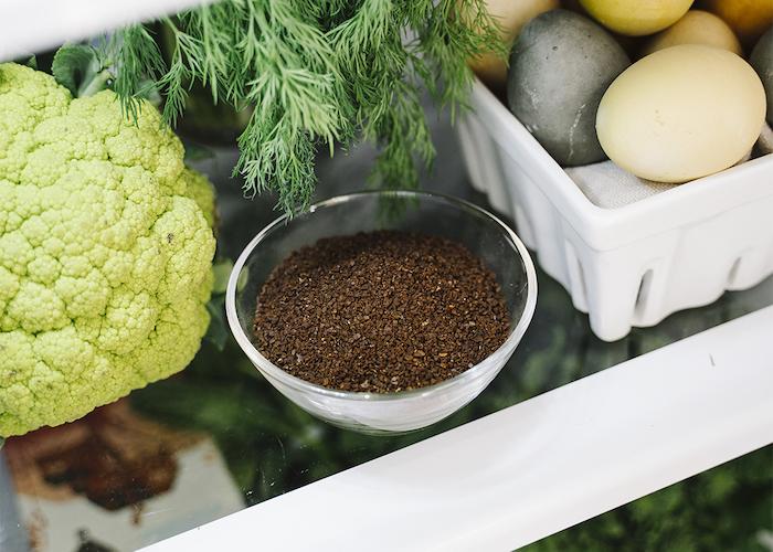 comment eliminer les odeurs désagreables dans le frigo a l aide de marc de café
