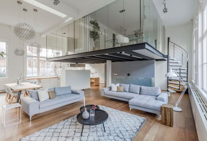 design intérieur déco blanc et bois parquet tronc canapé bleu pastel mezzanine suspendue fer verre