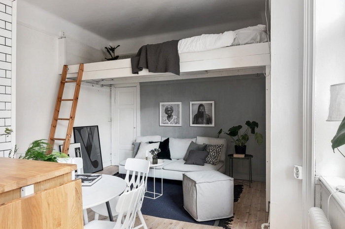 design intérieur scandinave style peinture murale gris clair photographie blanc et noir mezzanine appartement