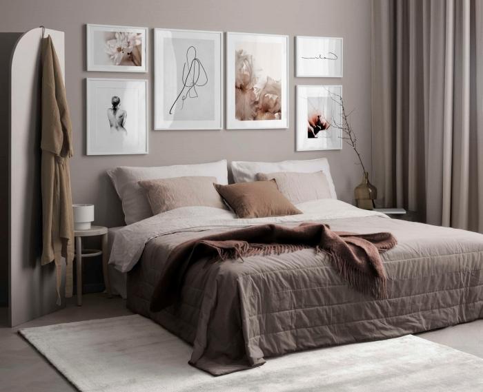 jeté de lit franges cadre deco chambre tapis blanc peinture rose poudré rideaux coussin terracotta