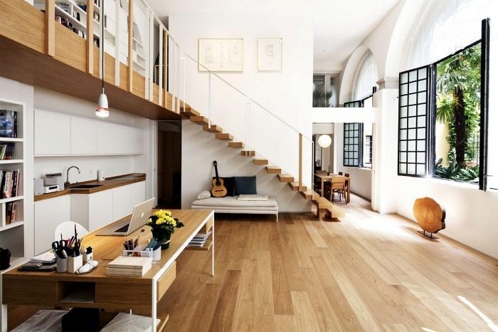 mezzanine maison escalier moderne bois banquette sous mezzanine bureau domicile cuisine en longueur