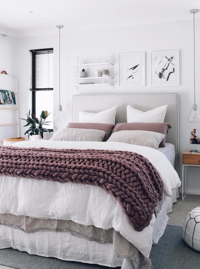 peinture murale chambre blanche plaid grosse maille rose comment décorer sa chambre