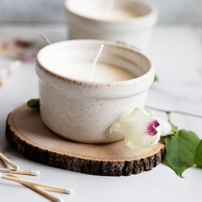 recette bougie vegan avec cire soja végétale faire ses bougies rondelle bois pétales fleurs