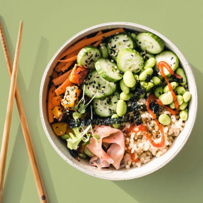 recette japonaise concombre riz carottes courge butternut dans un bol diner repas équilibré pour le soir