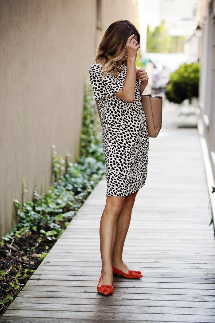 robe d été courte manches courtes chaussures plates couleur rouge dessin léopard vêtements femme