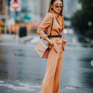 L'ensemble tailleur femme chic - notre guide complet comment le porter