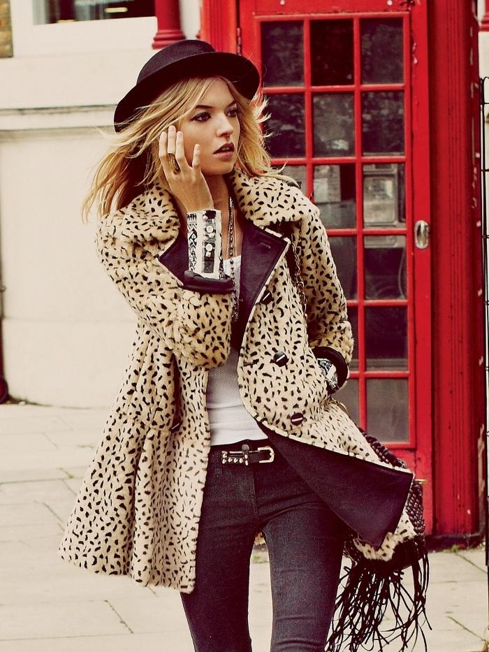vetement leopard style boho capeline noire sac à franges manteau imprimés animaliers