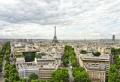 Voyager en voiture : nos conseils parking pas cher et endroits splendides autour de Paris