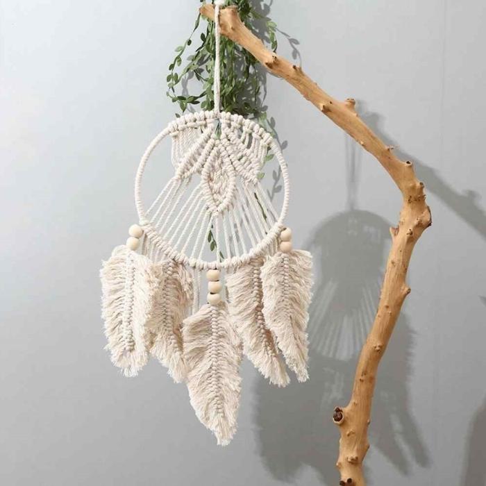 branche bois suspension fait maison tissage macramé technique plume coton modele attrape reve