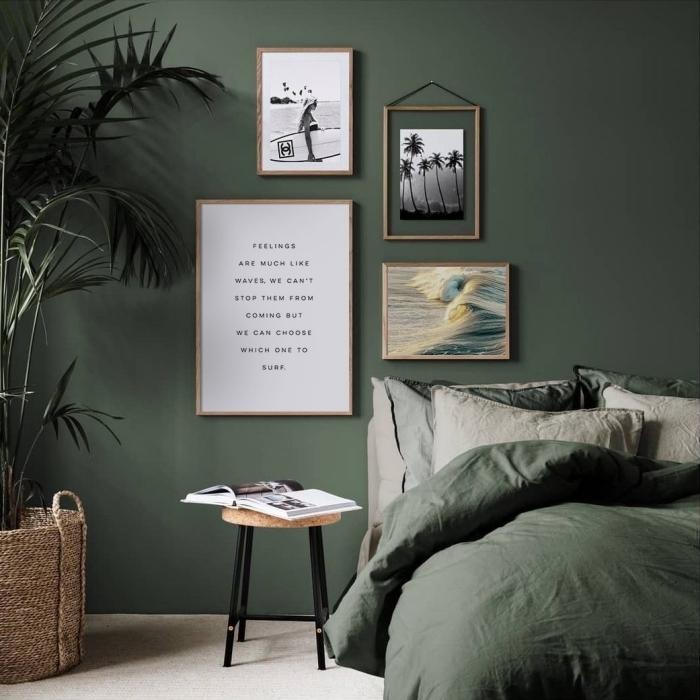 cadre vide bois décoration au dessus de lit couleur vert kaki plante verte chambre jungle