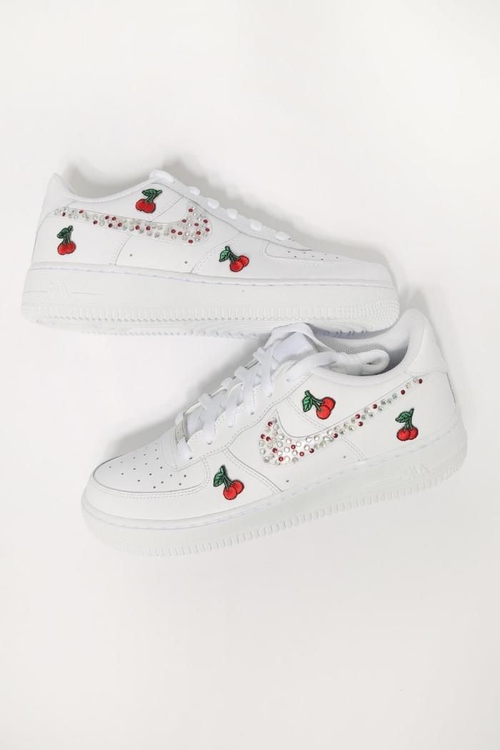 chaussures de sport projet créatif ado air force one personnalisé blanches baskets décoration dessin fruits