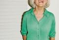 Composer un look moderne pour femme de 60 ans – une garde-robe qui ne vieillit pas !