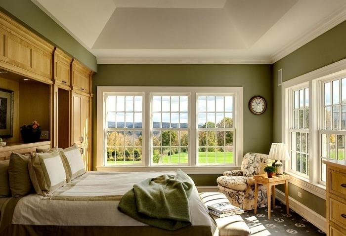 décoration chambre a coucher verte peinture tendance deco 2021 fauteuil motifs floraux