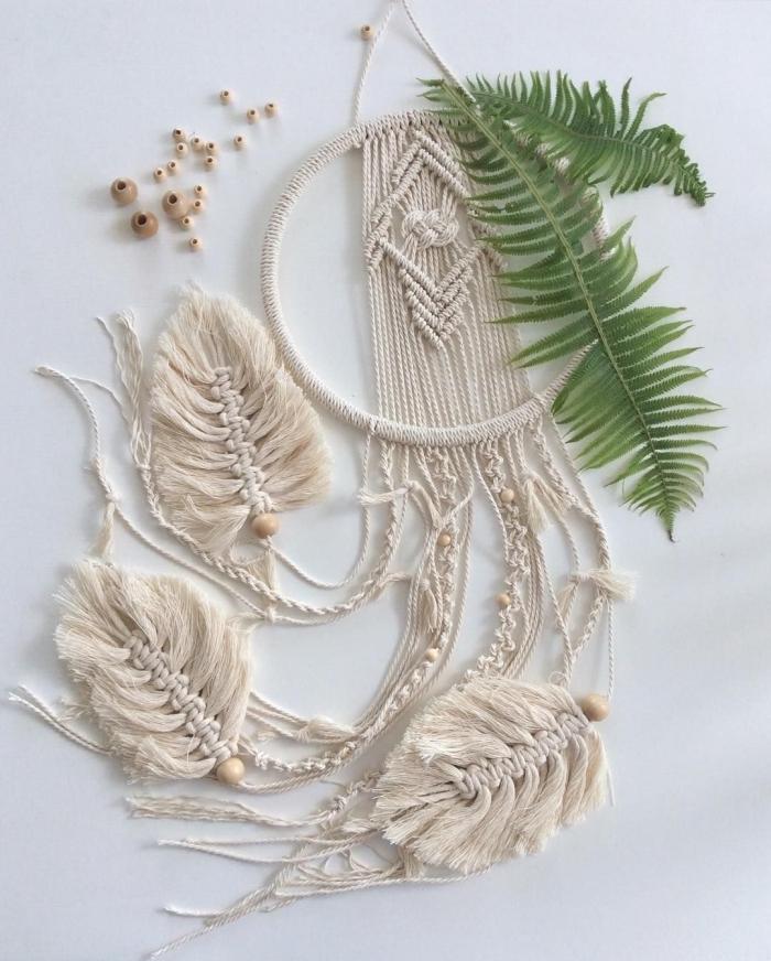 fabrication suspension murale originale avec cordon macramé cotton naturel fabriquer un attrape rêve