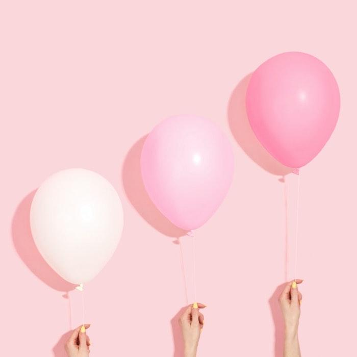 fond d écran pastel en ballons rose et blanc sur fond rose pastel idée originale photo pc
