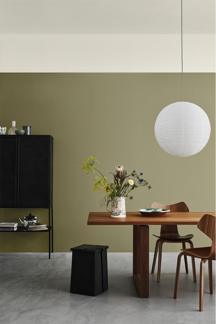 kaki couleur design intérieur décoration bureau domicile peinture murale verte plafond blanc
