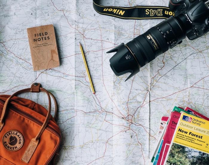 maps les choses les plus importants pour votre voyage camera guide map