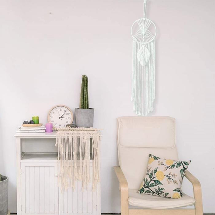 noeud macramé plume cordon blanc coton cercle a broder mini chaise bois coussin motifs feuilles vertes