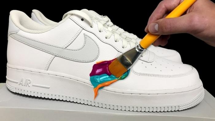 personnaliser air force 1 projet créatif ado bricolage facile mode peinture pour cuir multicolore