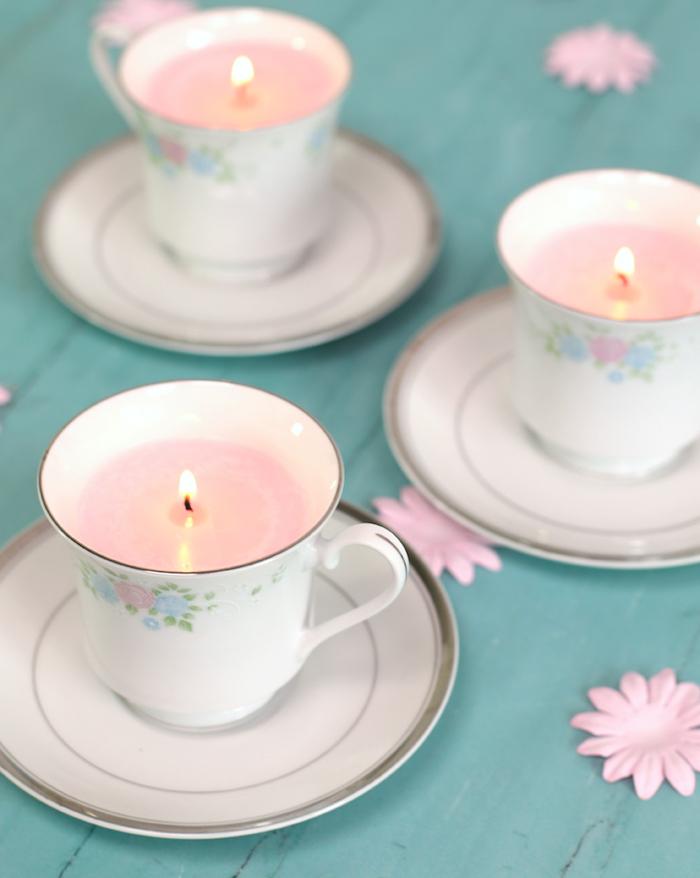 service à thé bougies parfumées avc de la cire colorée cadeau grand mere personnalisée charmant