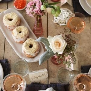 Comment mettre une table romantique pour une soirée de Saint-Valentin à la maison