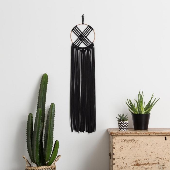 tissage attrape reve cordon noir cotton macramé 2 mm cercle bois cactus verte plante intérieur aloe vera
