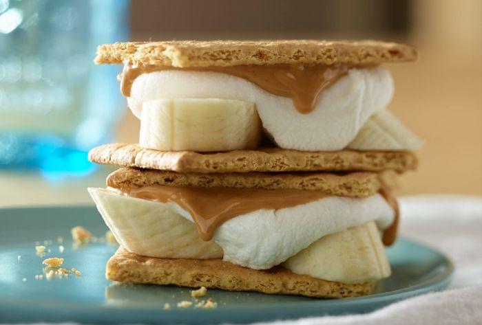 biscuit à la banane beurre d arrachide marshmallow comment faire un dessert gouter simple et gourmand, recette avec beurre de cacahuète