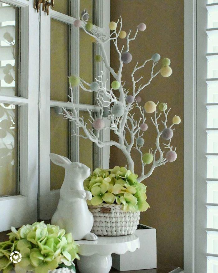 comment décorer la vérande de votre maison pour les paques en theme de couleurs blanc et vert