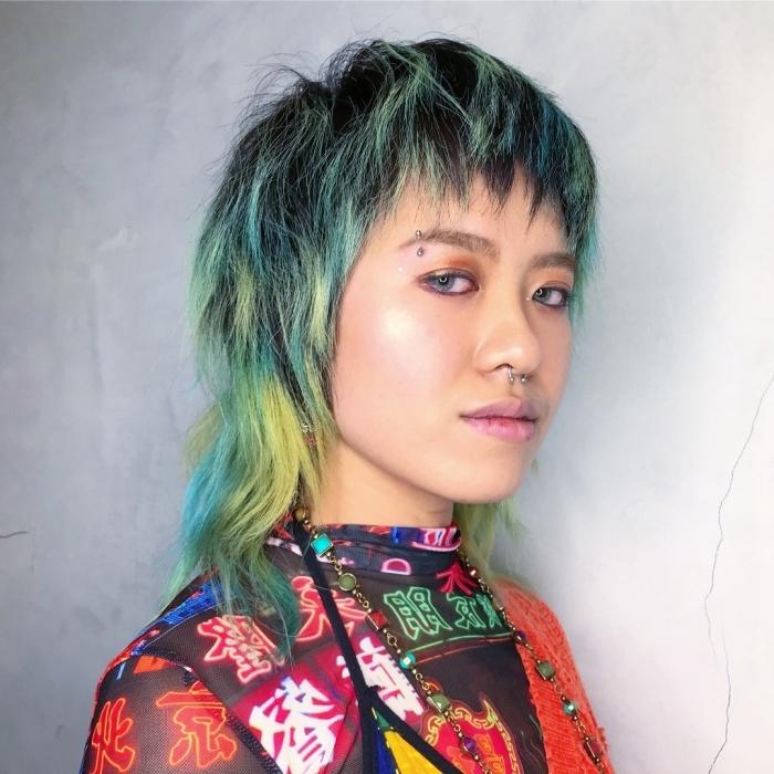 dégradé cheveux tendance coloration méches colorées coiffure mulet cheveux bicolore