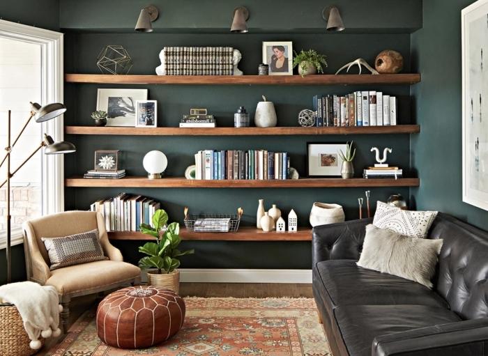deco murale industrielle pouf ottoman cuir peinture murale tendance couleur vert foncé fauteuil cuir camel