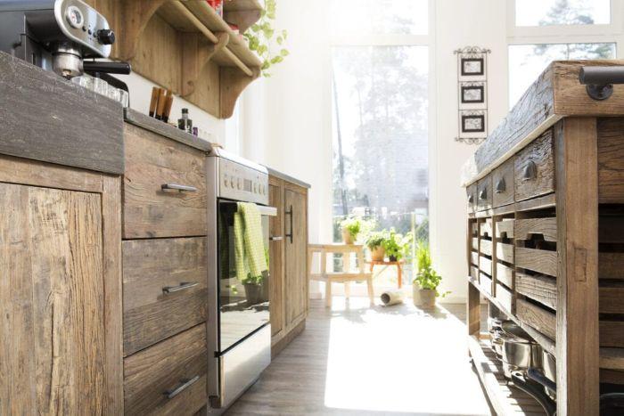 ilot central de cuisine et meube bas cuisine bois brut cuisine champetre blanche parquet bois clair