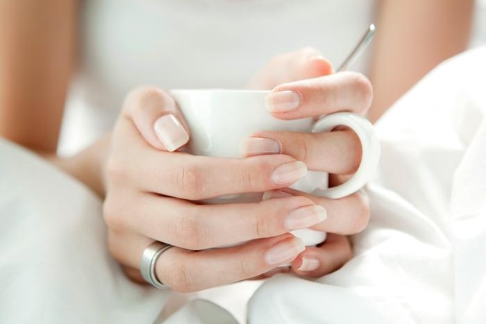 ongle en gel printemps soins beauté santé main detox manucure style japonais minimaliste sans vernis