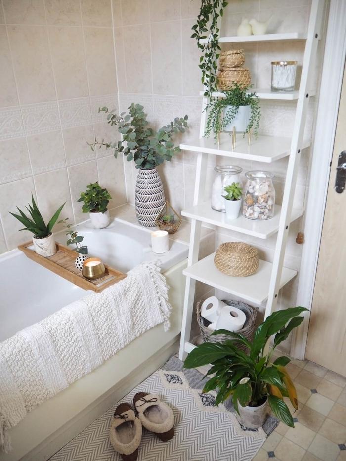 rangement baignoire originale plateau pont bois décoration boho chic jungle plantes vertes fibre naturelle