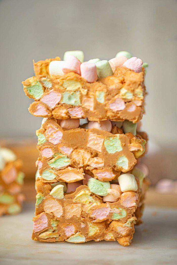 recette beurre de cacahuète aux marshmallow arc en ciel idee recette facile et rapide pour le gouter