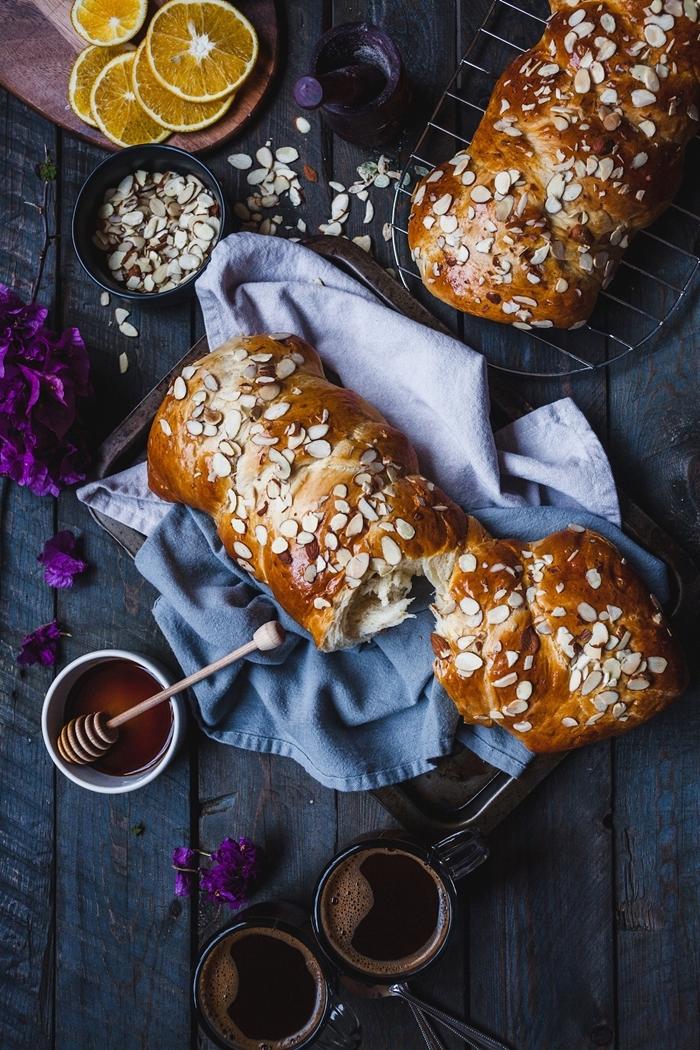recette de la mouna préparation pâte sucrée a la maison tranches d oranges amandes effilées