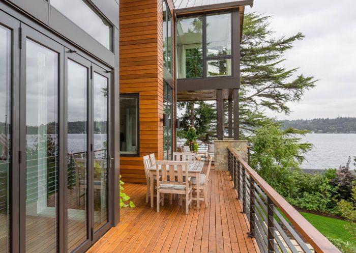 terrassemodele de terrasse en bois avec salle §a manger extérieur dans maison moderne avec vue sur lac, déco de terrasse en bois