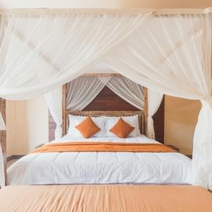 L'évolution du lit à baldaquin : la pièce maîtresse de la chambre à coucher