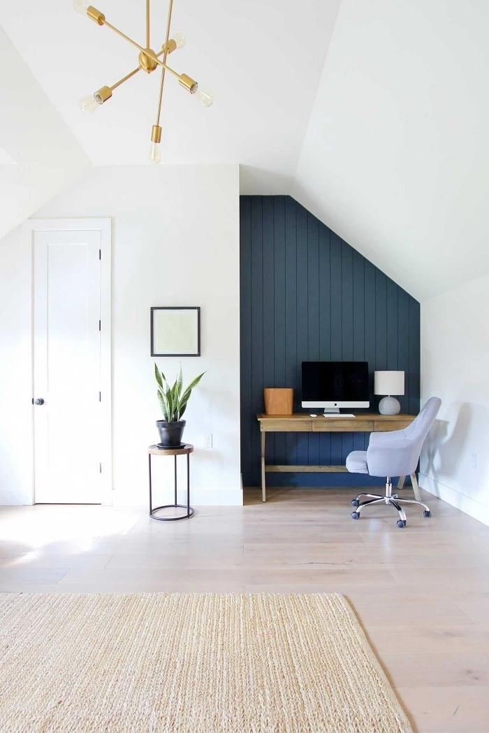 décoration coin de travail bureau domicile télétravail quel pan de mur peindre pour agrandir la pièce