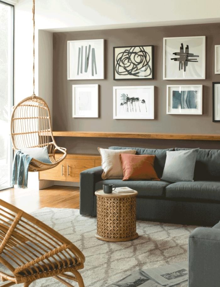 décoration murale mur de cadres comment peindre un mur canapé gris d angle chaise oeuf suspendue