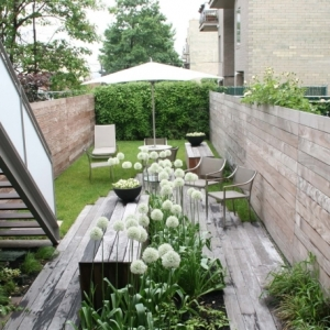 Nos conseils pour aménager un petit jardin en longueur, joli et fonctionnel