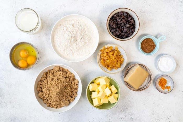 des ingrédients pour un gateaux fete des meres traditionnel simnel