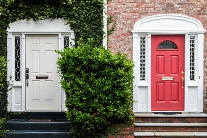duplex maison avantages achat et construction immeuble collectif façade bâtimment entrée privée