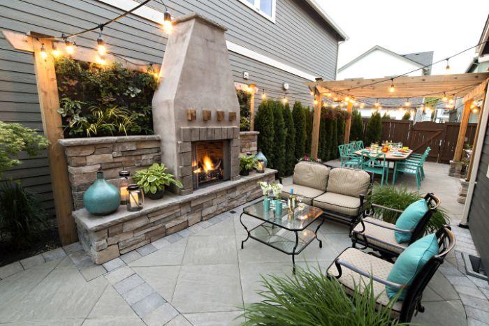 idee deco petit jardin en longueur amenagementpergola de bois bioclimatique guirlande lumineuse buis et tableau vegetal plantes bois