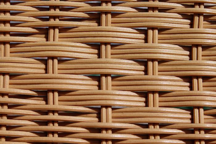 les fibres qui constituent les meubles en rotin le tissage d un mobilier jpg